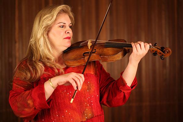 Jeanne Johnson for concert on Sunday, September 25, 2016